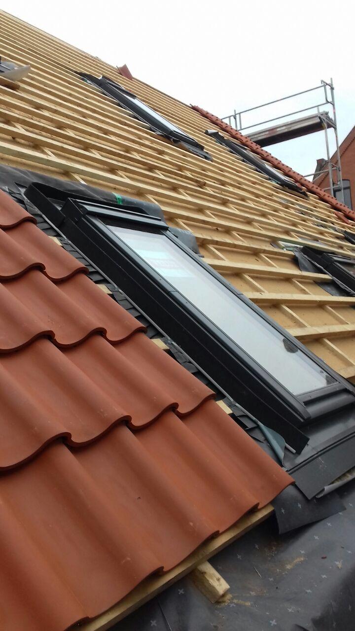 dachfenstereinbau - dach und fachwerk